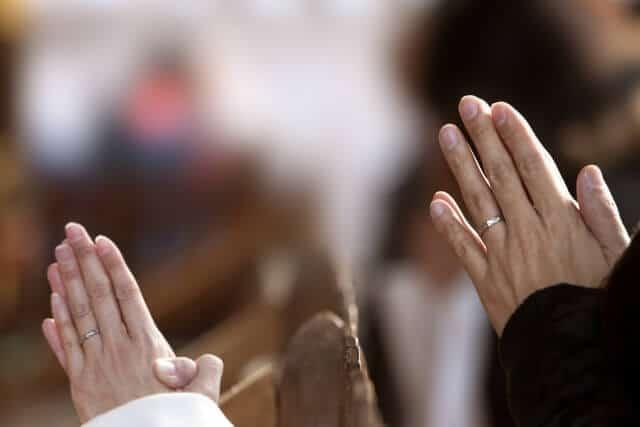 別にご祈祷やお祓いを「受けなければいけない」わけではありません